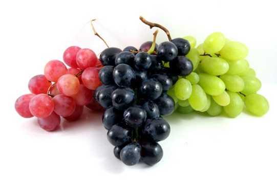 Nho, mận, táo: Nhóm các loại trái cây chưng Tết này là biểu tượng của sự may mắn, sự giàu có, thịnh vượng và sự sinh sôi nảy nở.