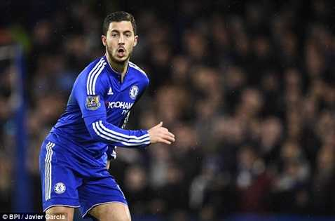 Eden Hazard sẵn sàng ở lại Chelsea