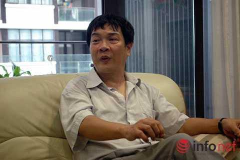 PGS.TSKH Vũ Đình Hòa trao đổi với PV Infonet.