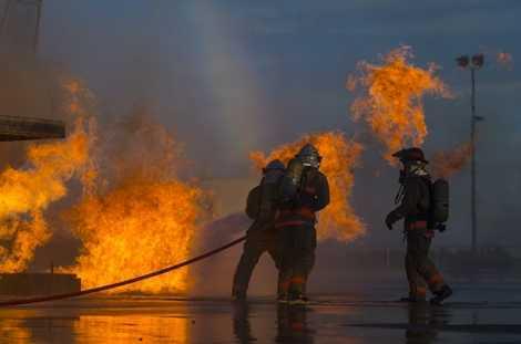 Các binh sỹ Mỹ được huấn luyện tại Học viện cứu hỏa Bộ Quốc phòng