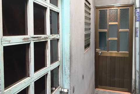 Căn nhà trọ của vợ chồng anh Minh, nơi xảy ra vụ việc.