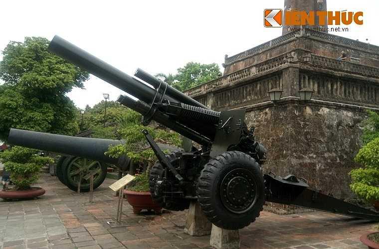 Với cỡ nòng lên tới 155mm, M114 có thể được xem là khẩu pháo xe kéo có cỡ nòng lớn nhất của Quân đội Nhân dân Việt Nam. Tuy nhiên xét về tầm bắn thì M114 thua xa M46 130mm – 'ông vua' pháo binh Việt Nam.