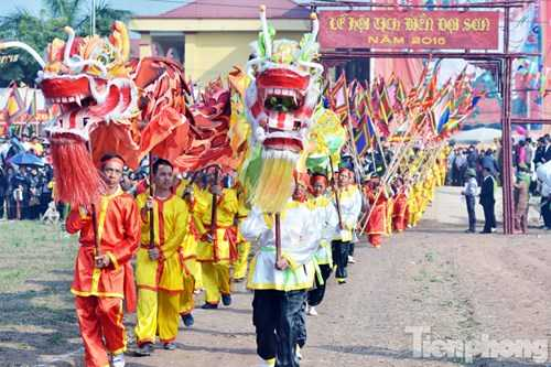 Ngày 14/2 (mùng 7 tháng Giêng), tại xã Đọi Sơn, huyện Duy Tiên (Hà Nam), UBND huyện Duy Tiên đã long trọng tổ chức Lễ hội Tịch điền Đọi Sơn, lễ hội truyền thống xuống đồng cày ruộng cầu cho một năm mưa thuận gió hòa.
