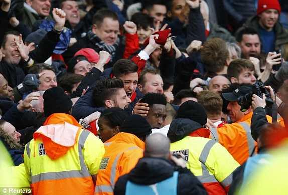 Danny Welbeck- từ người thừa ở Man Utd đến người hùng của Arsenal