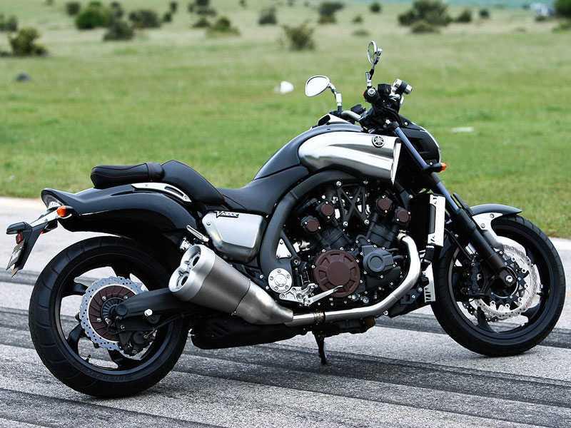 1. Yamaha V-Max (công suất: 200,1 mã lực).