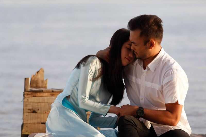 (VTC News) - Trong bộ phim về chính cuộc đời mình, Ngọc Trinh đã kể lại chuyện tình yêu cùng đại gia giấu mặt.