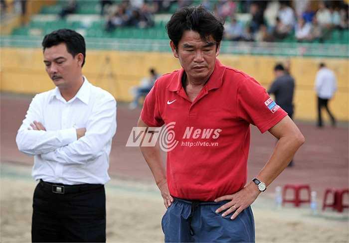 Tuy nhiên, ở những thời điểm quyết định, Hà Nội T&T thường 'ngã ngựa' và đó là nguyên nhân khiến họ chưa thể vô địch V-League lần thứ 2.