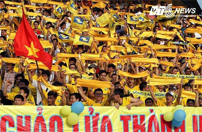 CĐV Việt Nam sẽ được hưởng lợi với 1 HLV nội