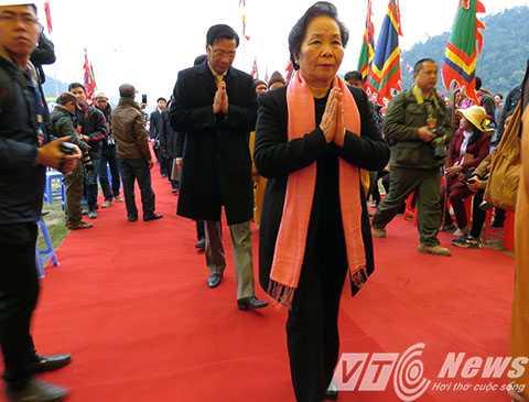 Phó chủ tịch Nước Nguyễn Thị Doan cùng các đại biểu Trung ương, tỉnh Quảng Ninh tham gia buổi lễ khai mạc