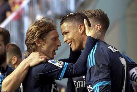 Real Madrid tiếp tục hòa thất vọng
