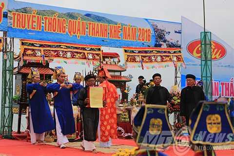Ngàn ngư dân, Lễ hội Cầu ngư, lớn nhất Đà Nẵng, nghinh ông, biển Nguyễn Tất Thành