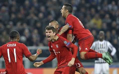 Thomas Muller và Arjen Robben đã ghi bàn tạo lợi thế cho Bayern Munich