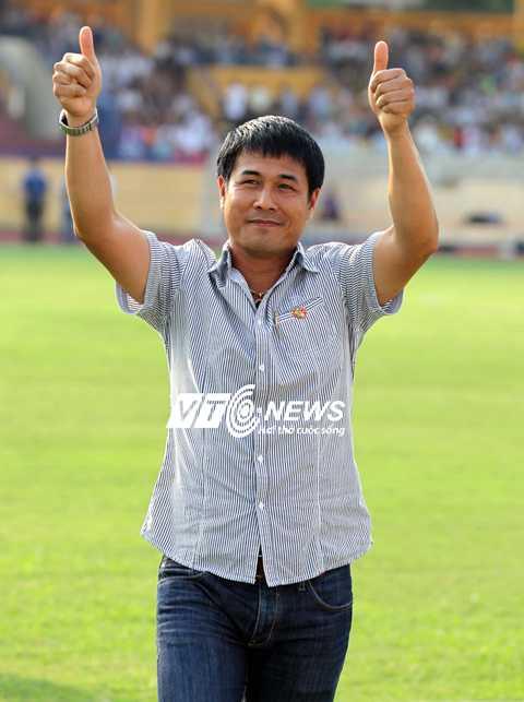 HLV Hữu Thắng nhận được sự đồng thuận cao trên cương vị HLV trưởng tuyển Việt Nam