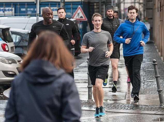 Ông chủ Facebook tăng cường an ninh sau khi IS dọa giết?