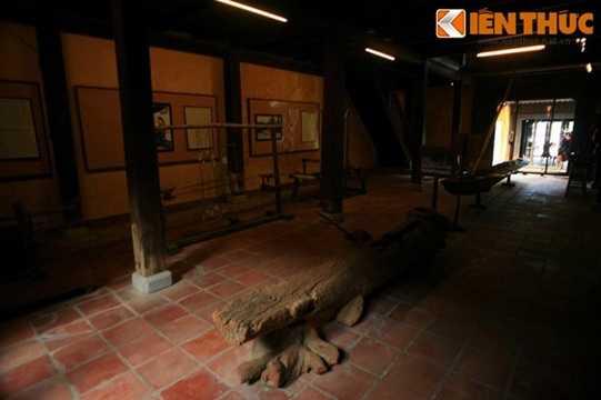 Đây vốn là ngôi nhà cổ điển hình trong khu đô thị cổ Hội An, với diện tích hơn 500m2 (dài 57m, chiều ngang 9m)