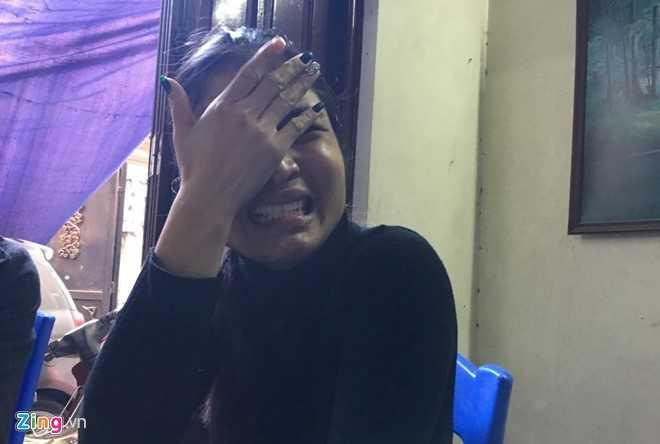 Chị Thi không đủ sức chịu đựng nỗi đau quá lớn - ảnh: Zing