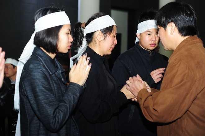 Vợ nhạc sĩ Lương Minh đau xót vì chồng ra đi đột ngột