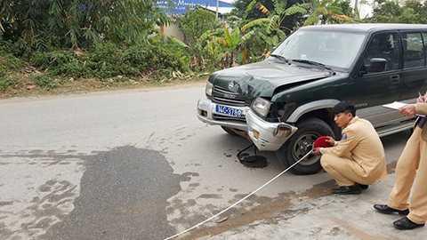 Thai phụ, chết thảm, dưới gầm xe, biển xanh, Quốc lộ 38, Quảng Ninh, tông trực diện