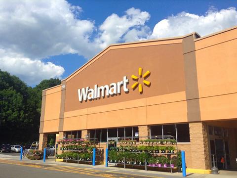 Walmart là hãng đồ gia dụng lớn bậc nhất thế giới hiện nay với 11.000 cửa hàng ở khắp mọi nơi trên thế giới. Về mặt các tỷ phú, họ sở hữu tới 7 người