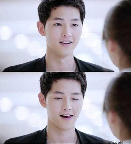 Khán giả nhận xét, họ gần như bị tan chảy mỗi khi thấy ánh mắt của Song Joong Ki trong những cảnh tình cảm, đặc biệt là ánh mắt nhìn lén khi nữ bác sĩ không chú ý.