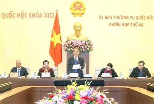Chủ tịch Quốc hội Nguyễn Sinh Hùng phát biểu khai mạc Phiên họp thứ 46 của Ủy ban Thường vụ Quốc hội. (Ảnh: Nhan Sáng/TTXVN)