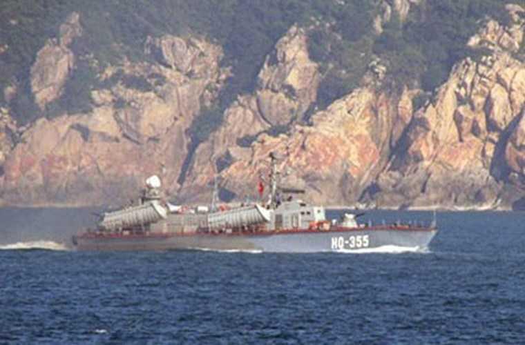 Tàu tên lửa Osa II Project 205U được Liên Xô viện trợ cho Việt Nam giai đoạn 1979-1981 (số lượng 8 chiếc) cải tiến về ống phóng tên lửa, còn nhiệm vụ là tương tự như Osa.