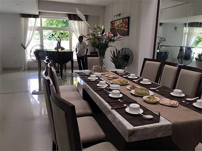 Phòng ăn rộng rãi thoáng mát
