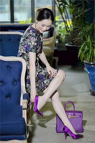 Người đẹp tích cực tham gia các hoạt động nghệ thuật và thực hiện nhiều bộ ảnh thời trang ấn tượng.
