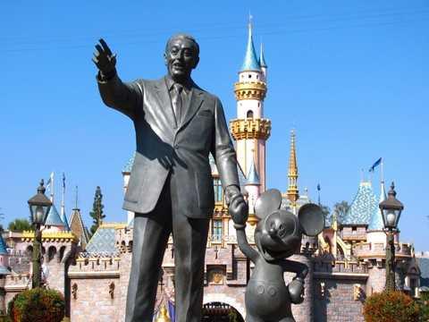 Trong số tài sản tỷ USD này có 7,3% cổ phần tại công ty Walt Disney nổi tiếng. Số cổ phiếu này đã tăng gấp 3 lần giá trị sau khi Steve Jobs qua đời