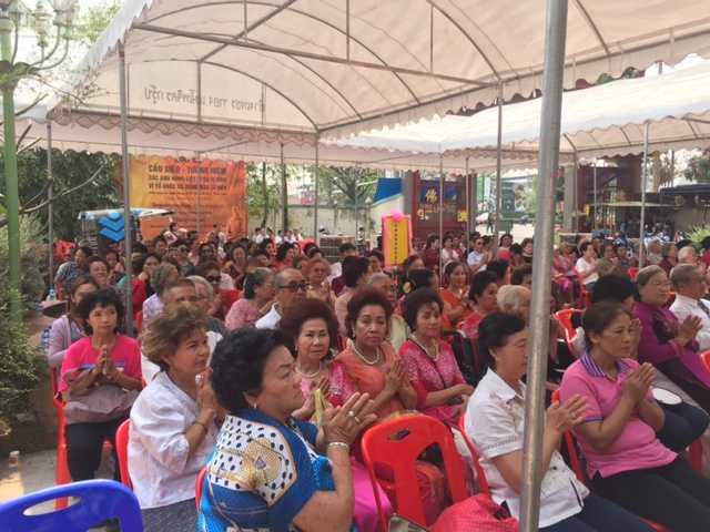 Cộng đồng người Việt tham gia lễ cầu siêu ở Thái Lan