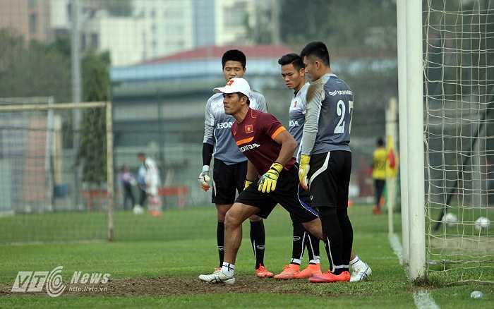 Từ năm 2005 đến 2010, anh khoác áo SHB Đà Nẵng và có thêm một chức vô địch V-League vào năm 2009 cùng đội bóng sông Hàn.