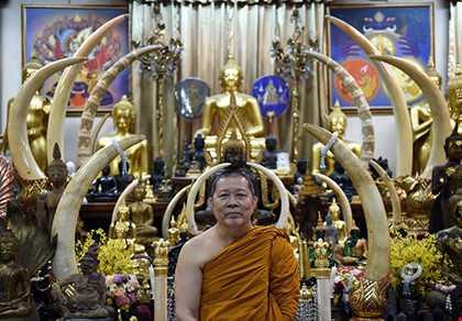 Sư Phra mang lại may mắn cho Leicester