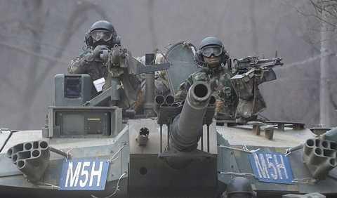 Chiến dịch Foal Eagle (Đại bàng non) diễn ra từ 2/3/2015 đến 24/4/2015. Foal Eagle cũng mang lại cho Mỹ và Hàn Quốc cơ hội luyện tập trên nhiều chiến trường khác nhau.
