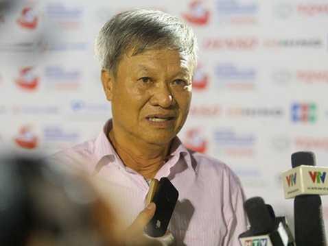 GĐKT CLB FLC Thanh Hóa Lê Thụy Hải hiến kế để HLV Nguyễn Hữu Thắng chọn được trung phong cho đội tuyển Việt Nam