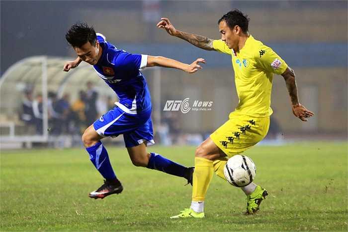 Qua 3,4 ngày, tuyển Việt Nam chưa thể thành hình. Hi vọng, đến trận đấu kế tiếp gặp Than Quảng Ninh, ít nhất, tuyển Việt Nam có thể ghi được bàn thắng. (Ảnh: Phạm Thành)