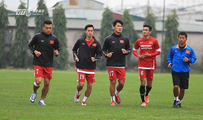 4 cầu thủ chấn thương hiện tại: Minh Tuấn, Văn Toàn, Hoàng Thịnh, Mạc Hồng Quân. (Ảnh: Phạm Thành)