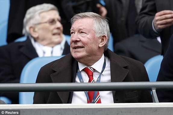 Sir Alex Ferguson đến theo dõi trận derby