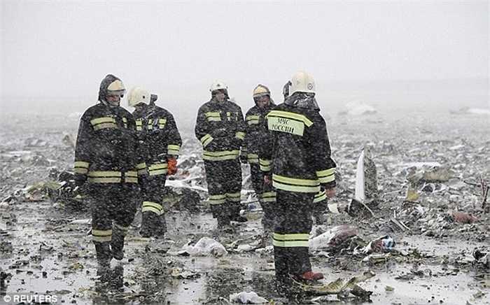Đám cháy do vụ nổ sinh ra mất nhiều giờ mới dập tắt