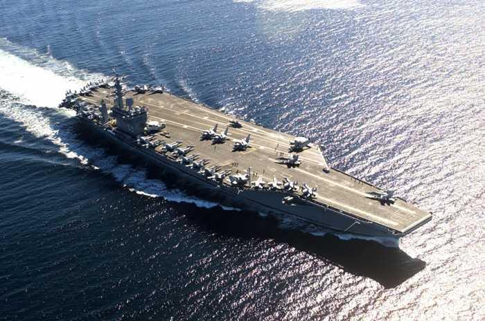 USS Nimitz (CVN-68), siêu tàu sân bay đầu tiên của Mỹ