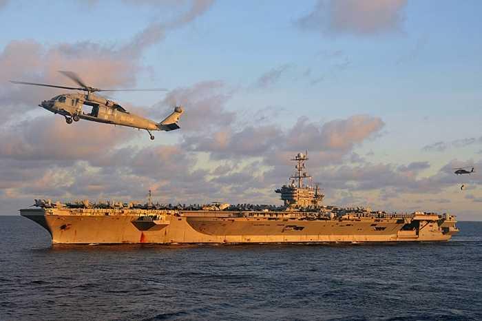 Tàu sân bay USS George Washington khổng lồ của Hải quân Mỹ