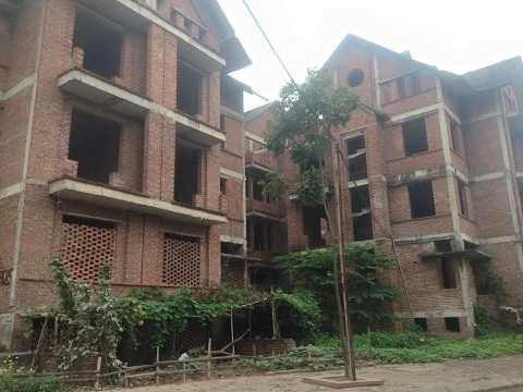 Hàng chục biệt thự KĐT Văn Phú không có người ở