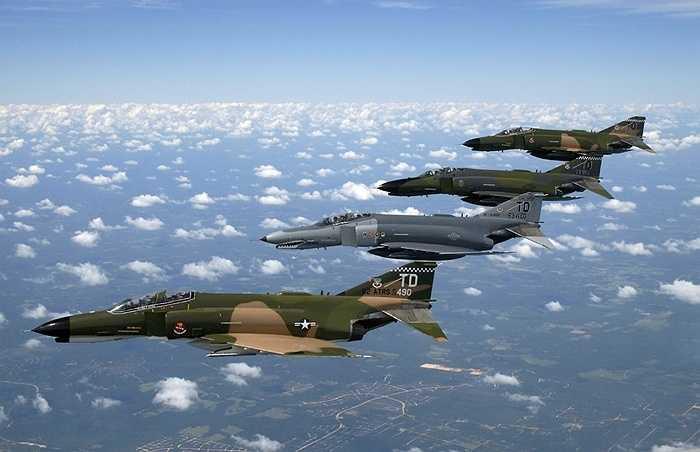 Màu sơn đa dạng của chiến F-4 Phantom II, Mỹ