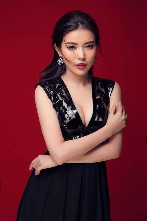 Từ những giải thưởng nhan sắc, Cao Thái Hà có nhiều cơ hội bước vào làng giải trí và khẳng định tên tuổi ở lĩnh vực phim ảnh. Cô tâm sự, nghệ thuật như một thứ đam mê ngấm vào máu nên bản thân sẵn sàng hy sinh hết mình để có những vai diễn hay gửi đến khán giả.