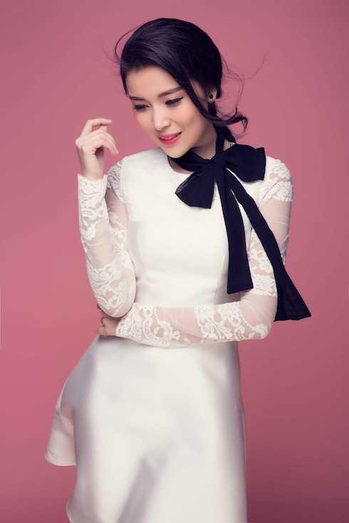 Bên cạnh đó, Cao Thái Hà lần đầu đảm nhận vai phản diện đầu tiên sau gần 10 phim vào vai chính diện.