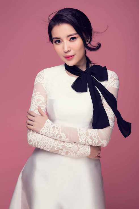 Vào vai Mỹ trong Tơ duyên của đạo diễn Nam Quan, Mỹ xuất thân là cô gái có tình yêu sâu đậm với tên giang hồ khét tiếng.