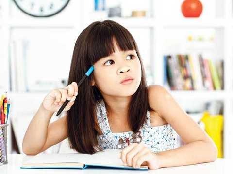 Dạy bé đánh dấu các ý quan trọng giúp bé nắm chắc kiến thức