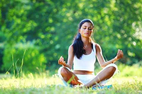 Hít thở đúng cách khi thức dậy mỗi sáng.