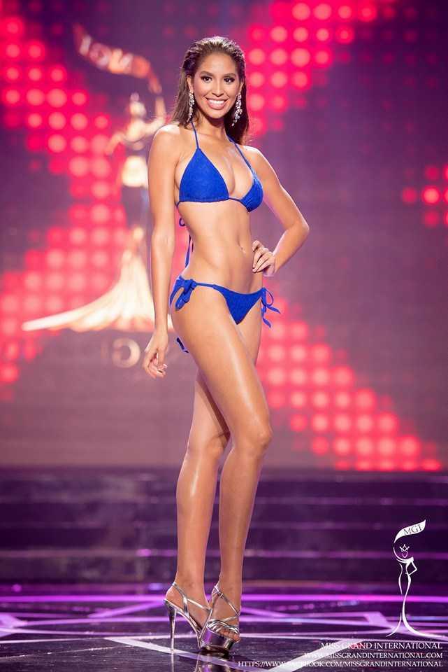 """Hoa hậu Hòa bình Quốc tế, hoa hậu Puerto Rico đều mất ngôi vì """"chảnh chọe""""."""