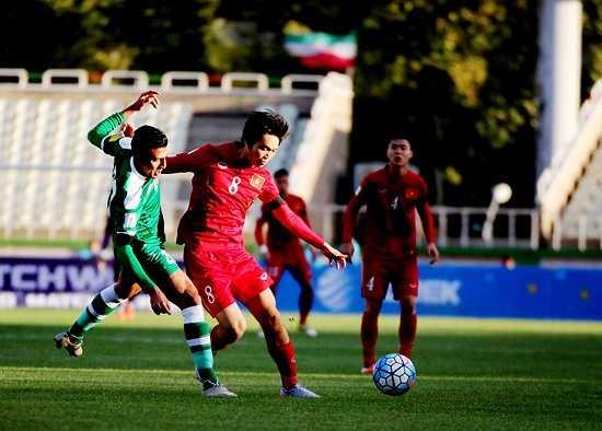 Iraq nghiên cứu kỹ lối chơi của Việt Nam nên Tuấn Anh đá thế nào đều bị bắt bài hết.