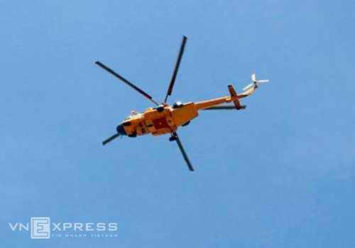 Máy bay trực thăng tìm kiếm Su-30MK2 mất tích trên biển Nghệ An. Ảnh: Hải Bình.